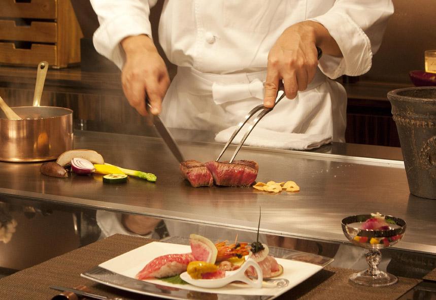 五感を刺激する調理も良き演出のひとつ