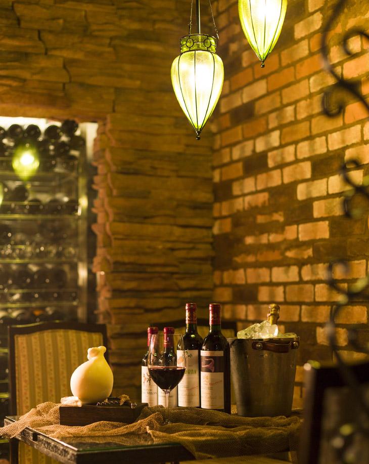 岡山城、後楽園からほど近い情緒あふれる文化エリアに佇む鉄板キュイジーヌ長尾。